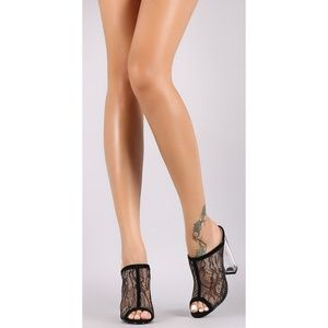 Shoes - NWT OPEN TOE BLACK LACE CLEAR HEELS